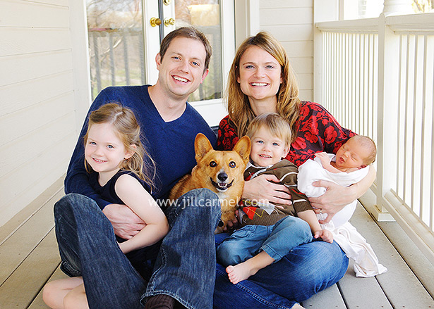 include all of the family in your newborn portraits