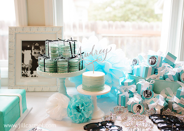 breakfast at tiffany's table setting for Audrey's first birthday party