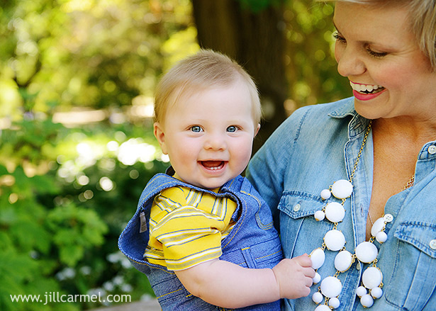 jcrew white necklace and denim shirt for family portraits at davis arboretum