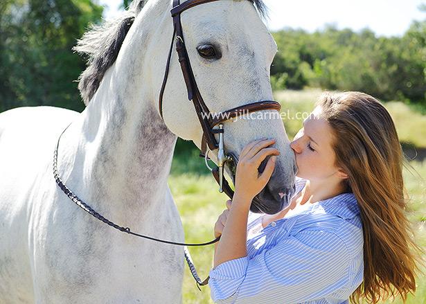 Mustang Dorado >> high school senior portraits - a girl and her horse