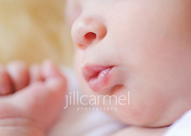 newborn baby kissy lips in sacramento