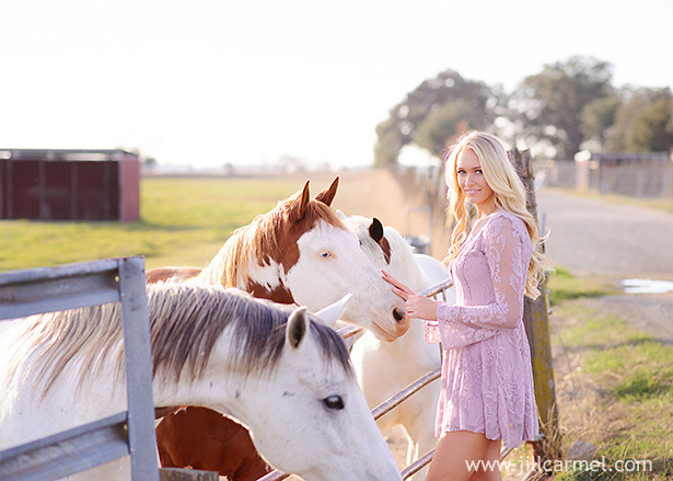 Gibson Ranch senior portraits with horses