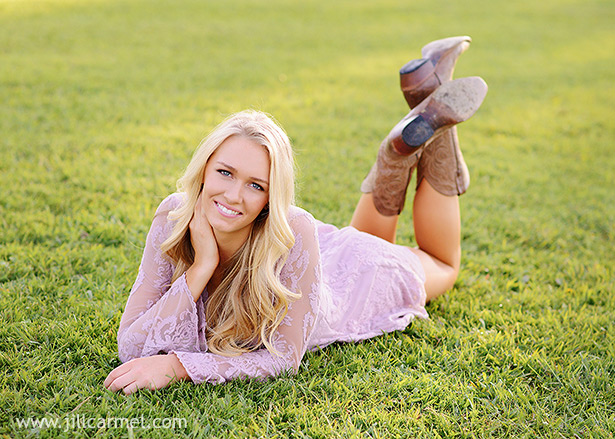 Gibson Ranch senior portraits on a grassy field