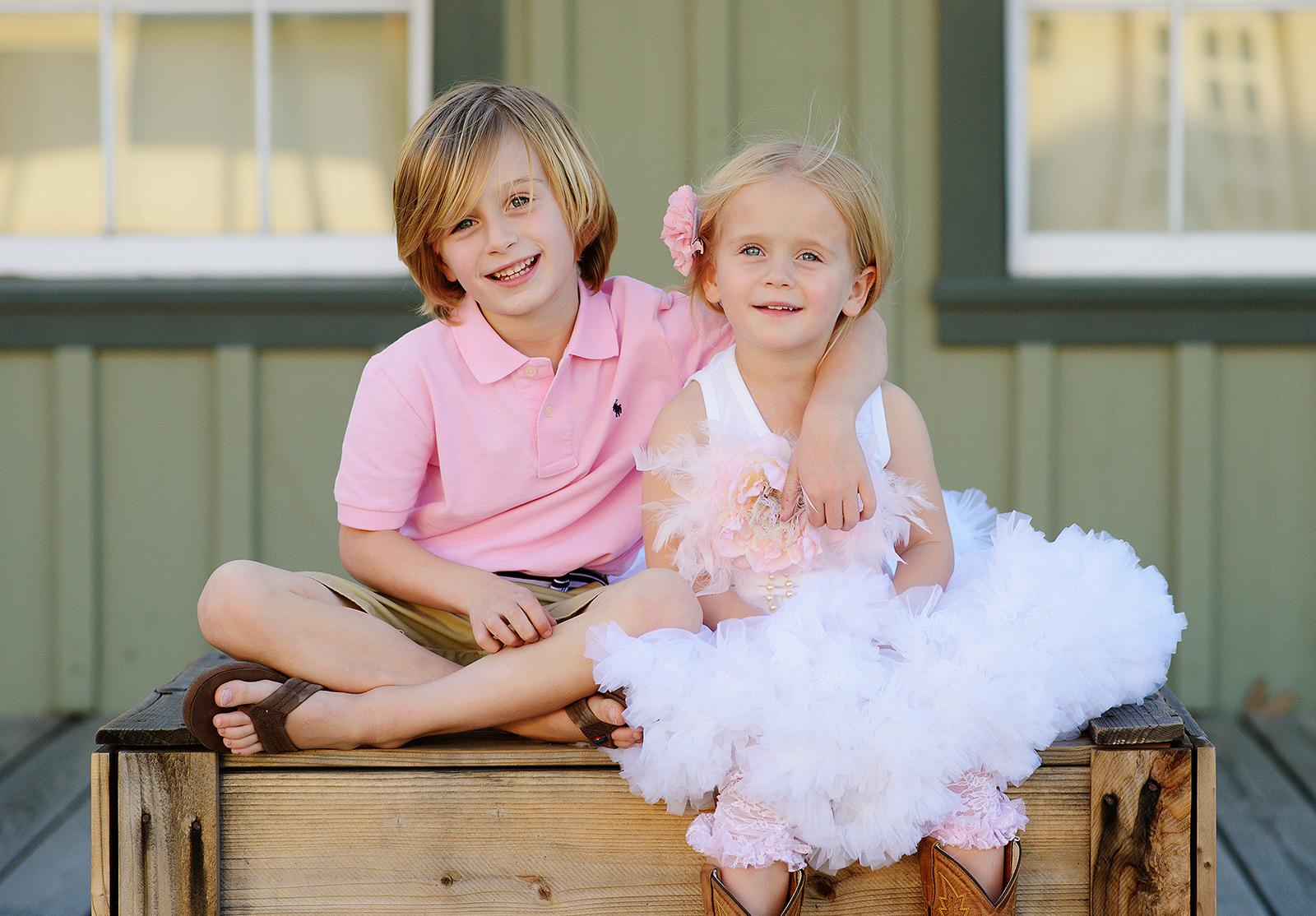 pink and blue outfits for spring family portraits in old sacramento