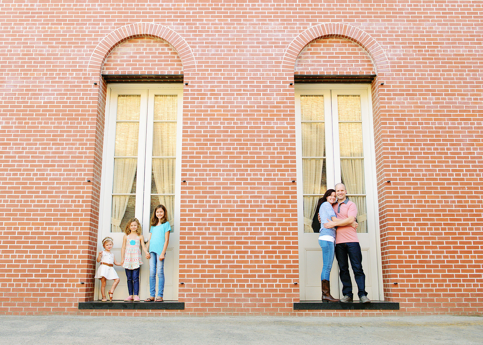 old Sacramento family portraits for fall pictures with photographer jill carmel