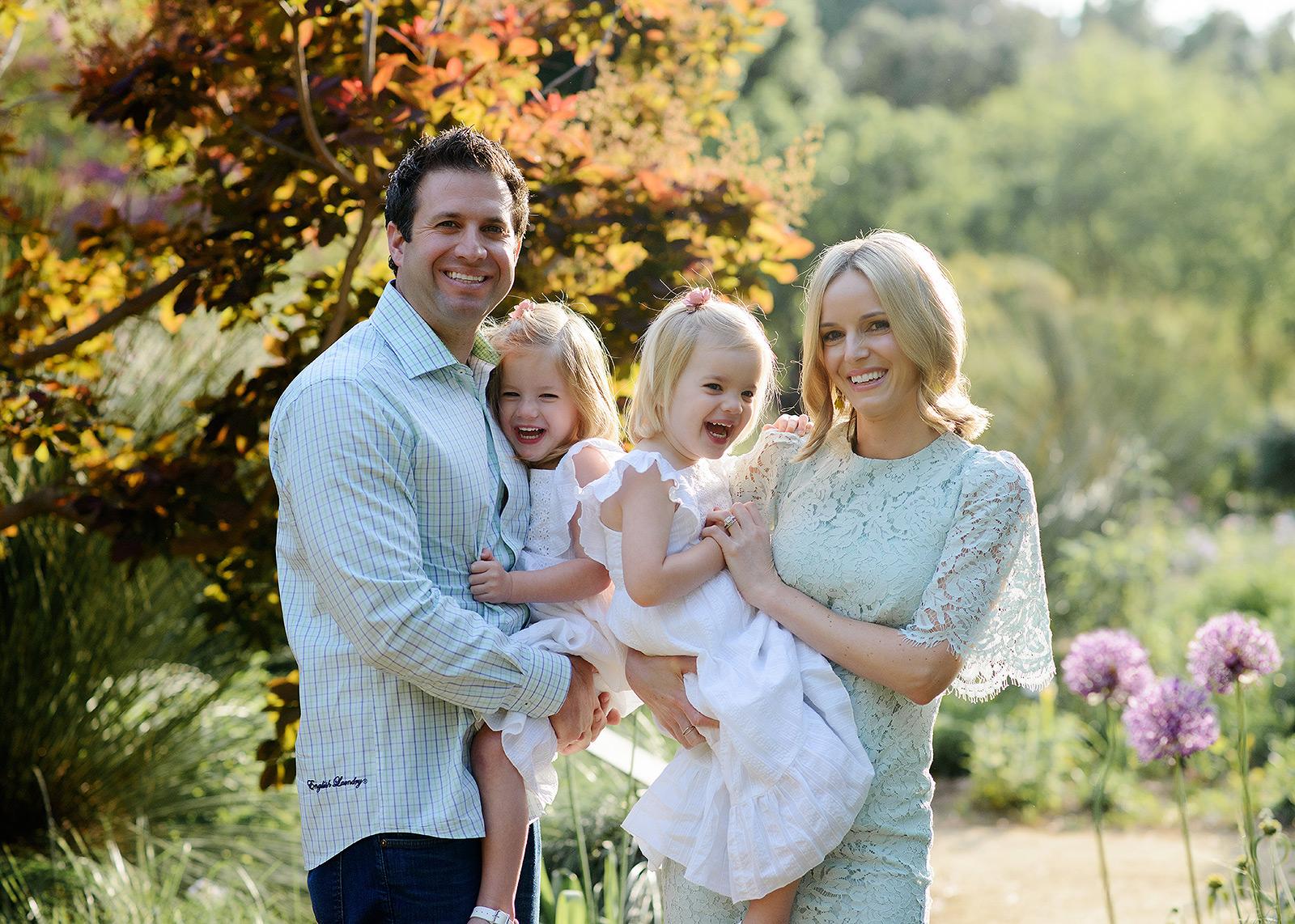 Spring family photos for Easter in outdoor Sacramento
